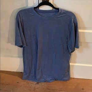 Men's lululemon plain blue short sleeve shirt